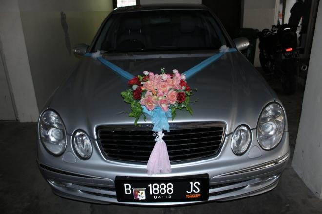 dekorasi_mobil_pengantin_unik_lucu_harga_murah_kualitas_terjamin_baik