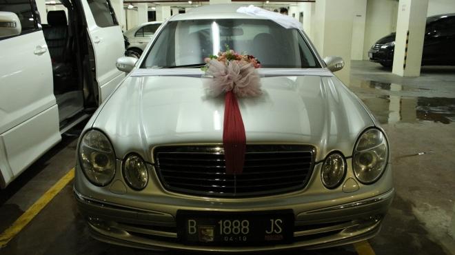 mercy_mobil_pengantin_contoh_decorasi_rental_murah
