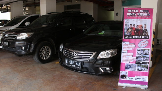 sewa_mobil_alphard_mercy_vellfire_termurah_wedding_car