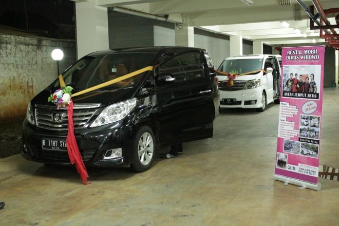 sewa_wedding_car_plus_dekorasi_murah_paling_terjangkau_gandaria_senayan_cinere_kemang